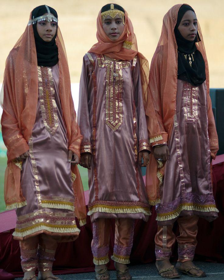 Omani Fashion | | ©Oman Tourism  www.mydentaltourism.com- style inspiration