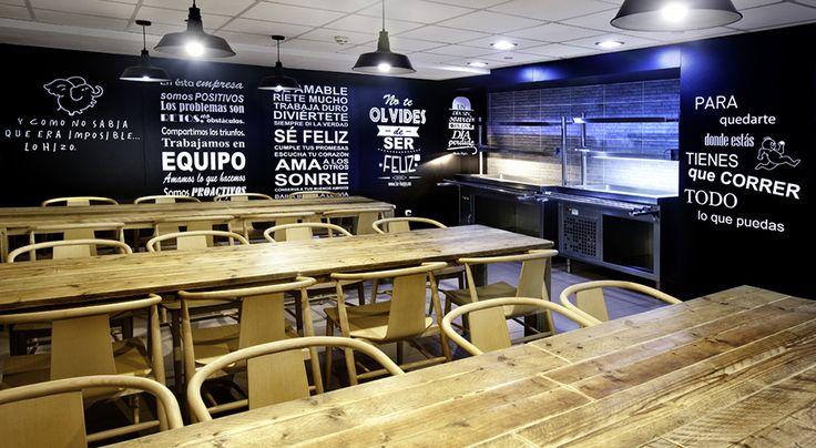Comedor del personal del Gran Hotel Solymar en Calpe, Alicante.  #Interiorismo #Deco #Decoración #Locales #Comerciales #Diseño