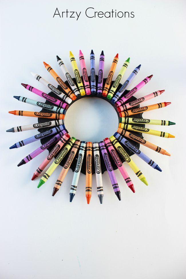 Teacher-Crayon-Wreath-Artzy Creations 3