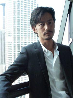 【画像】竹野内豊、海外進出に意欲!海外映画祭初参加で流暢な英語を披露