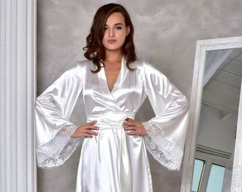 Burgundy kimono bride robe Long bridal robe with lace Satin dressing gown Long robes for women Wife christmas gift Wedding robes for bride