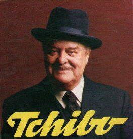 Der Tschibomann, er war übrigens ein englischer Schauspieler der lieber Tee getrunken hat und keine Ahnung hatte von Kaffee!