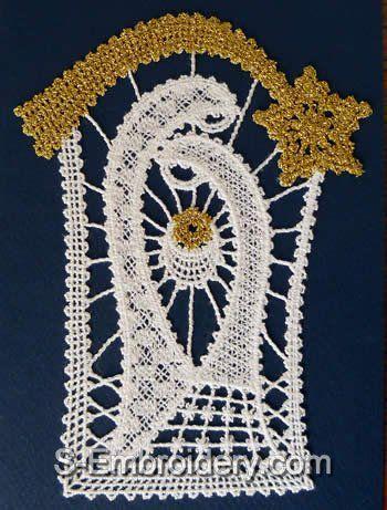 10448 Nativity Battenberg lace Christmas ornament