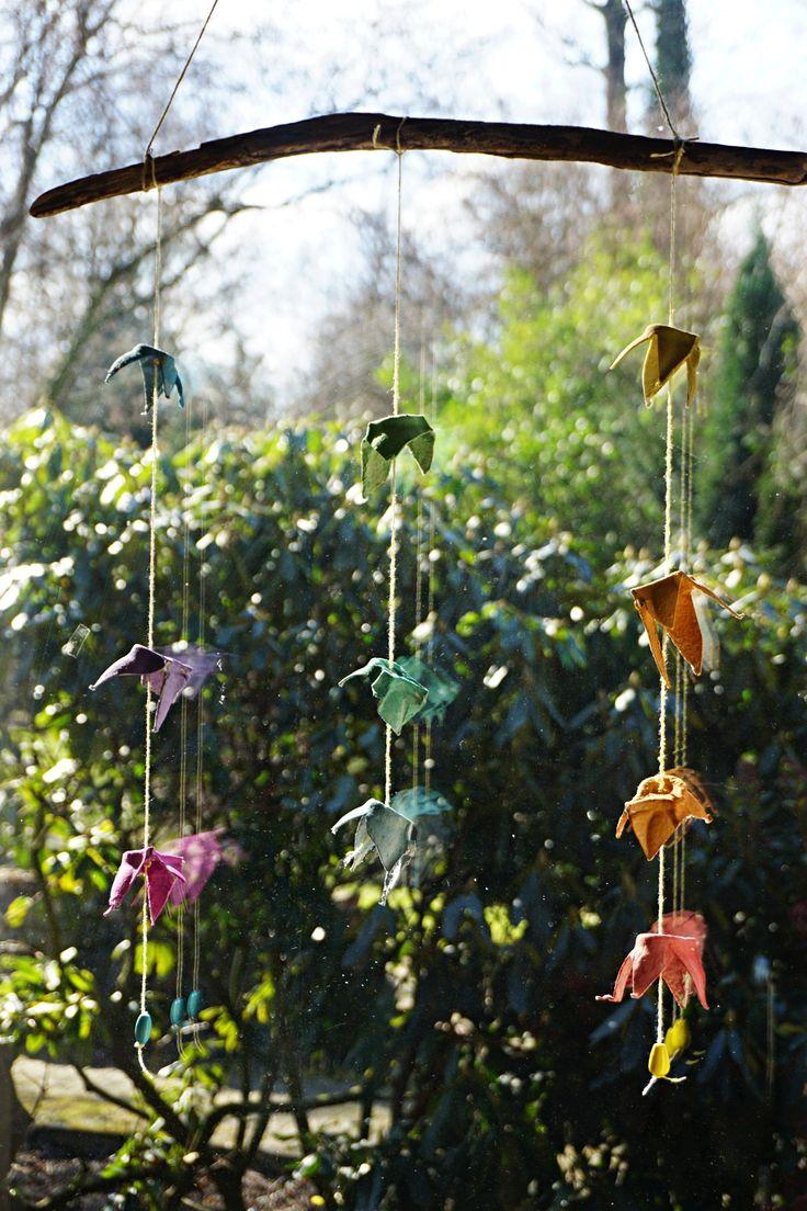 Frühlings Mobile // DIY für das Fenster // Upcycling – Reges Leben