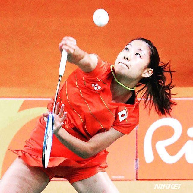 バドミントン女子シングルスの準々決勝は日本人対決となりました。奥原選手が山口選手を破り、準決勝に進みました。同種目でのベスト4入りは日本勢で初めてです(玉)