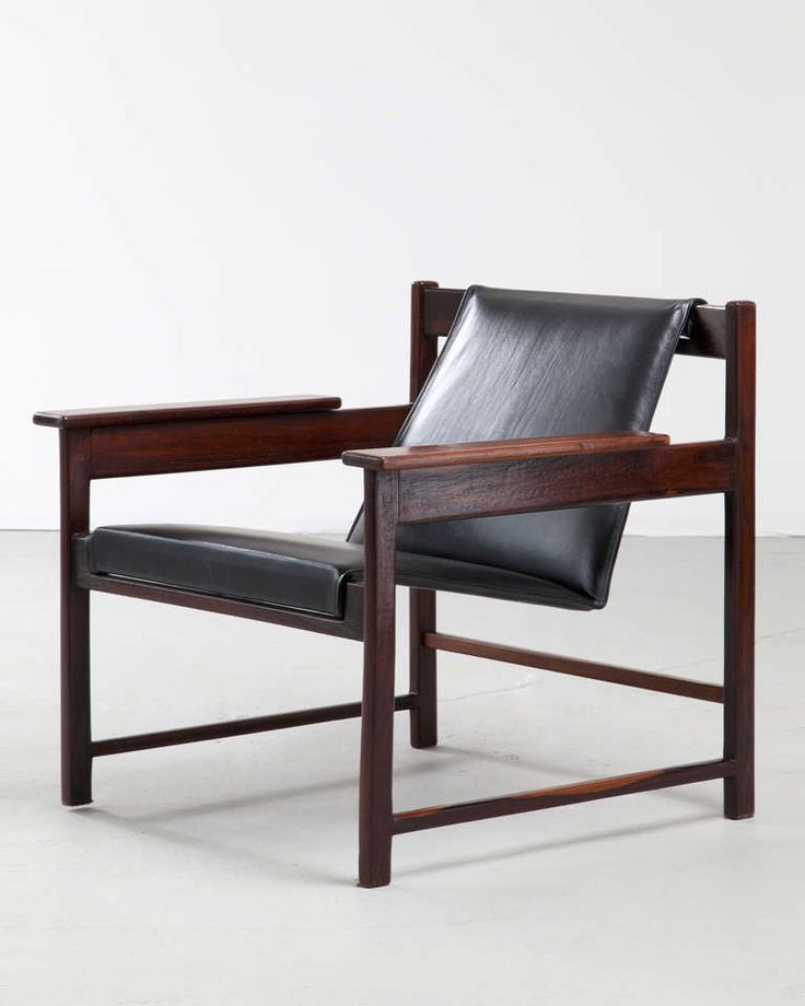 Sergio Rodrigues Jacaranda and Leather Lounge Chair, 1960s.