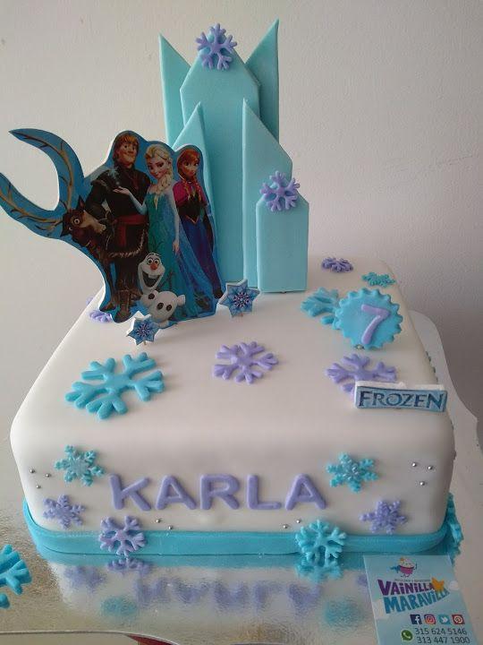 Torta de Frozen en pastillaje para celebrar la vida de las dulzuras de la casa.  Contactos 3134471900 3156245146 #VainillaMaravilla #Bucaramanga #Grandioso #FrozenPastillaje #Frozen #Anna #Elsa
