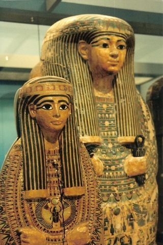 These Egyptian figures see what Edward's up to at the British Museum but won't tell at http://www.edwardwarethrillers.org. Read Key to Lawrence, 1934 Plot, and Map Plot (coming soon!) as well as HItler's Spy. Follow the Edward Ware Thrillers Board at http://www.pinterest.com/lindabcargill/edward-ware-thrillers