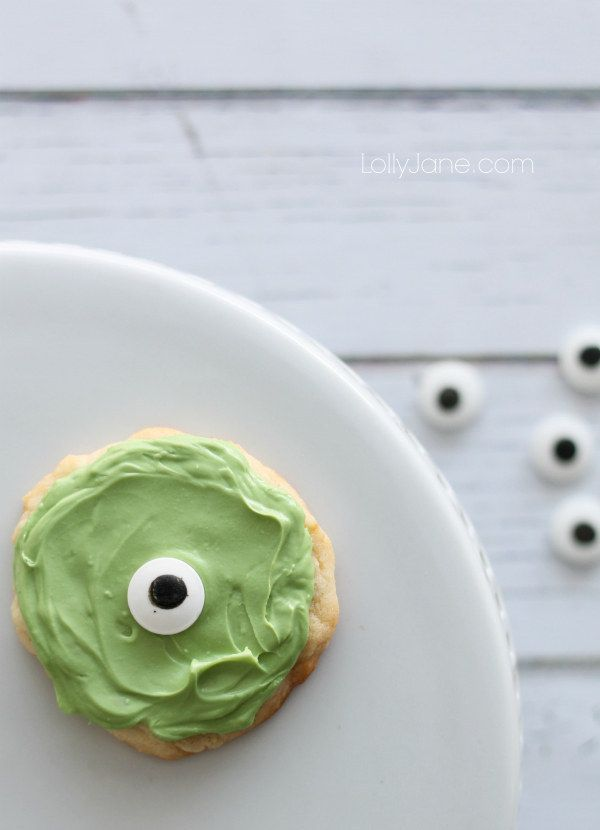 Bake a batch of one eyeballed Mike Wazoski cookies. | 28 Insanely Delicious Recipes Inspired By Disney