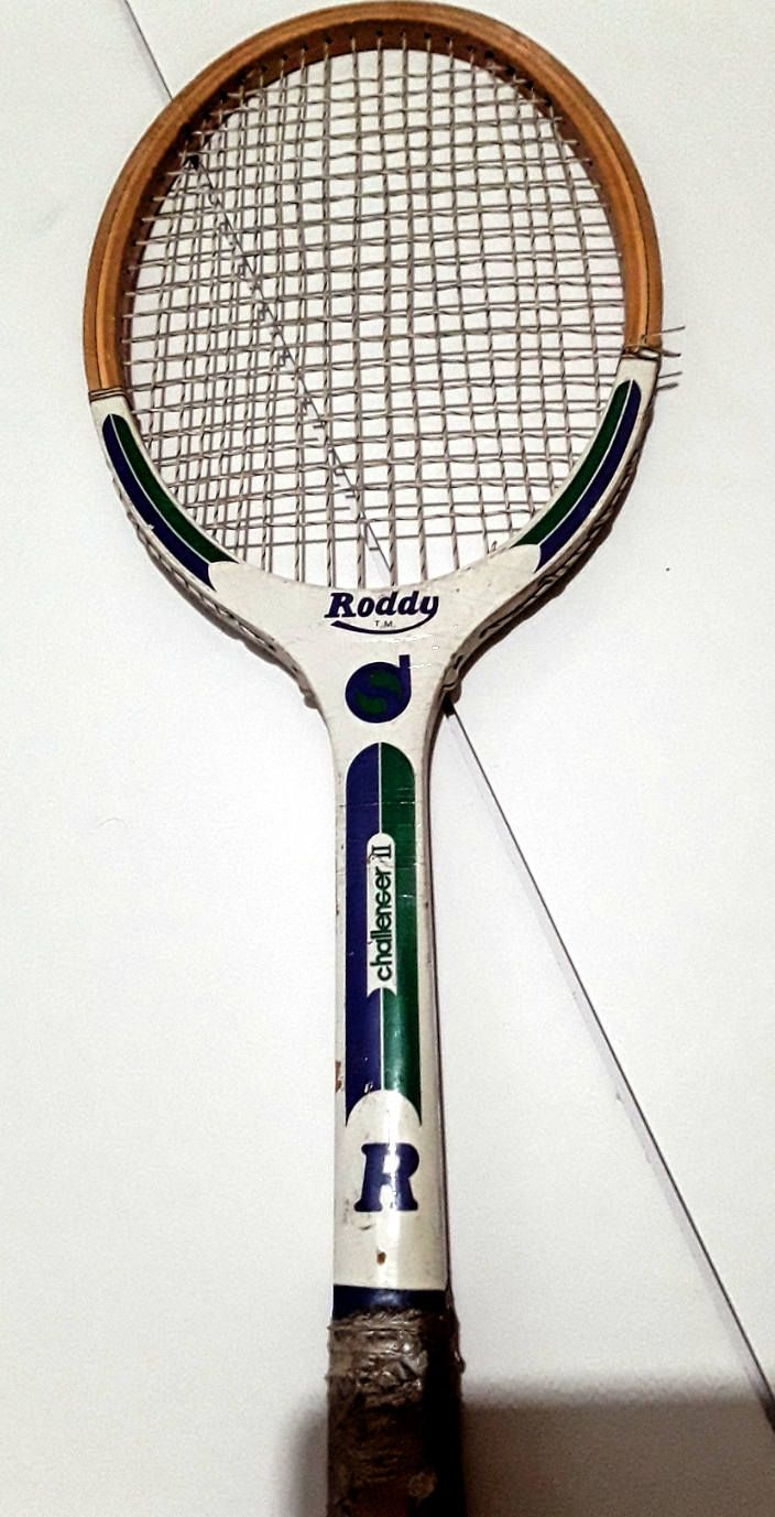 Vintage Roddy Challenger Ii Wood Tennis Racquet 60s 70s By Fchoicevintage On Etsy Tennis Racquets Tennis Art