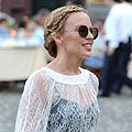 Kylie Minogue perfects this season's pretty plaits