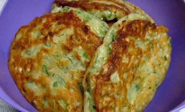Ингредиенты: ✓ 1 ст-н кефира ✓ 2 яйца ✓ 2 ч.л. соли ✓ 1 ч.л. сахара ✓ 0,5 ч.л. молотого чёрного перца ✓ 3 ст.л растительного масла...