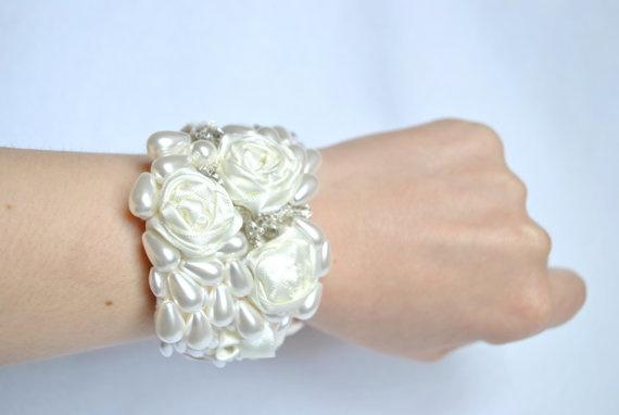 Vintage Inspired Bridal Pearl Ivory Bracelet by jogeorgedesigns, £49.99
