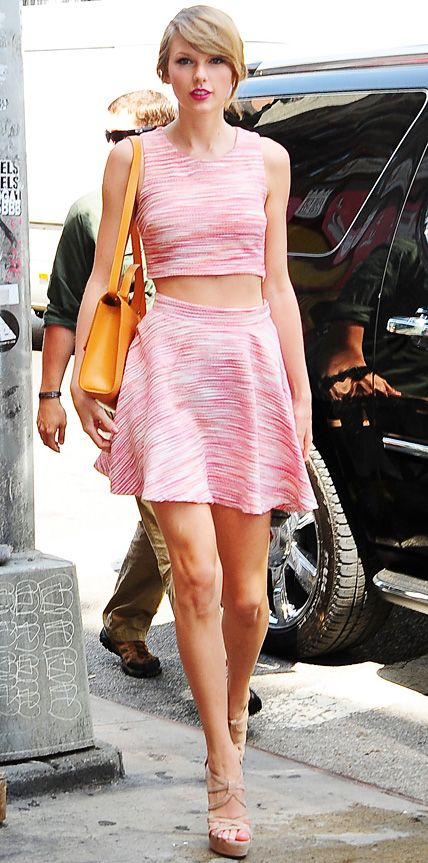 Look of the Day - June 19, 2014 - Taylor Swift from #InStyle