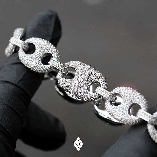 Solid 14k White Gold Diamond Gucci Link Bracelet Fully Iced Out With