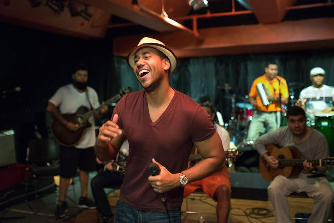 In the Language of Romance, Romeo Santos Is a True Superstar - NYTimes.com