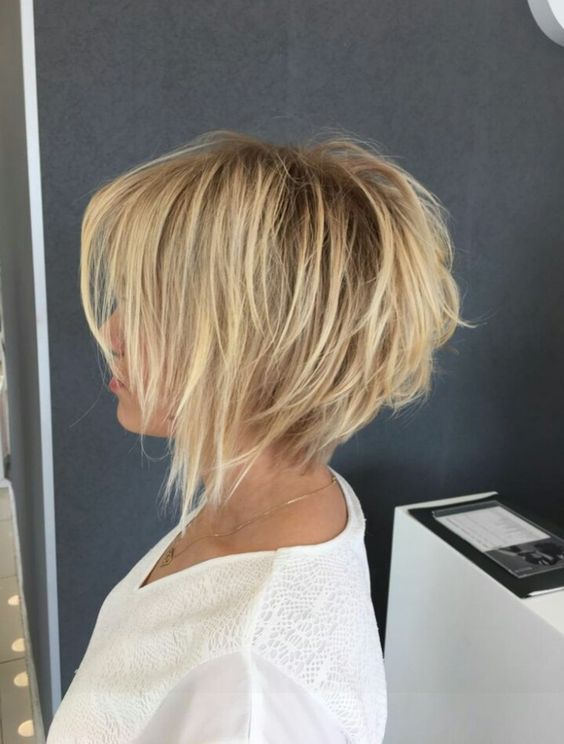 10 Amazing Short Hairstyles for 2018