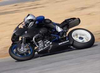 TYPES OF MOTORCYCLE RACING http://motorcyclespeciaist.blogspot.com