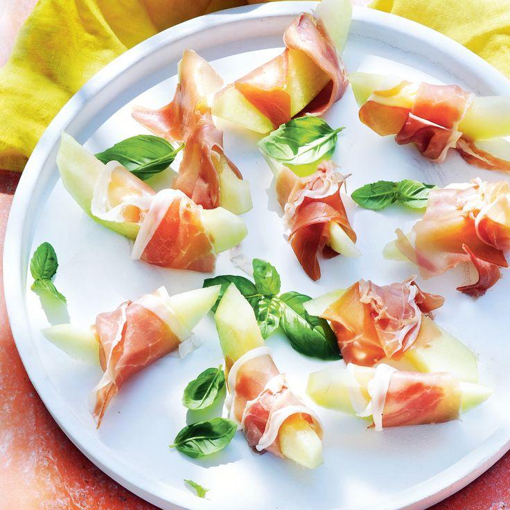 Lekker als voorgerecht of borrelhapje: meloen met Italiaanse ham. #jumbosupermarkten #recept #meloen #halm