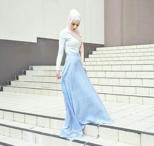 Grid Print Puddle Skirt | @hijabhouse