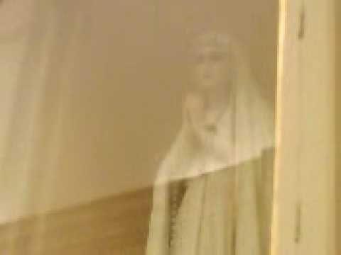 Shock: La statua della Madonna si muove: Video Eccezionale.