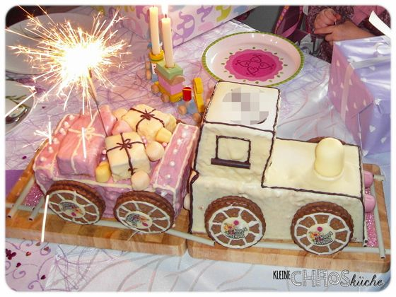 Zug Lokomotive Kuchen Kastenkuchen