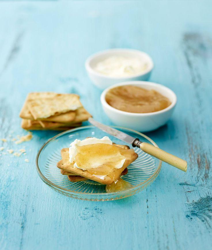 Makean kirpeä sitruuna-päärynämarmeladi herauttaa veden kielelle: http://www.dansukker.fi/fi/resepteja/sitruuna-paarynamarmeladi.aspx #marmeladi #aamiainen #resepti