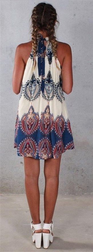 Perfect for the beach this summer! Sleeveless Vintage Printed Ethnic Style Casual Dress: http://www.cutedresses.co/go/Sleeveless-Tunic-Beach-Dress-Sundress