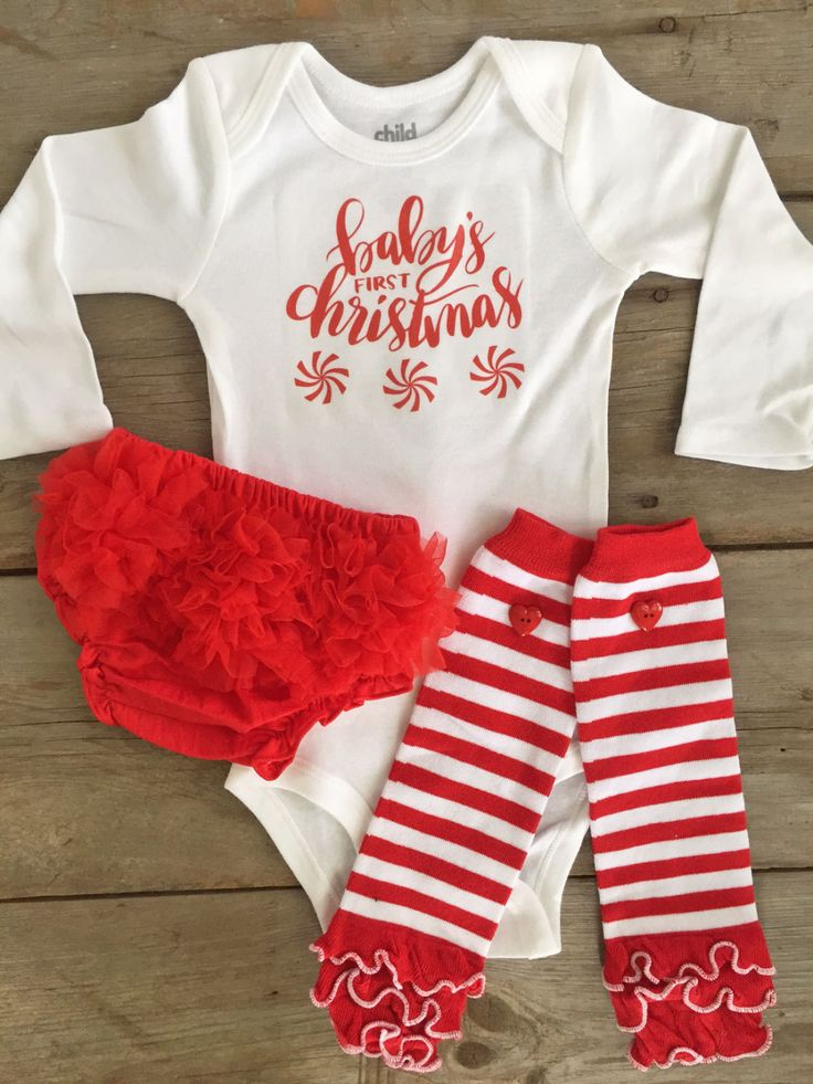 Baby's First Christmas Outfit, Baby Girl Christmas Bodysuit, Holiday First  Christmas Bodysuit for Girls, Baby First Christmas Outfit Shirt - The 25+ Best Baby's First Christmas Outfit Ideas On Pinterest