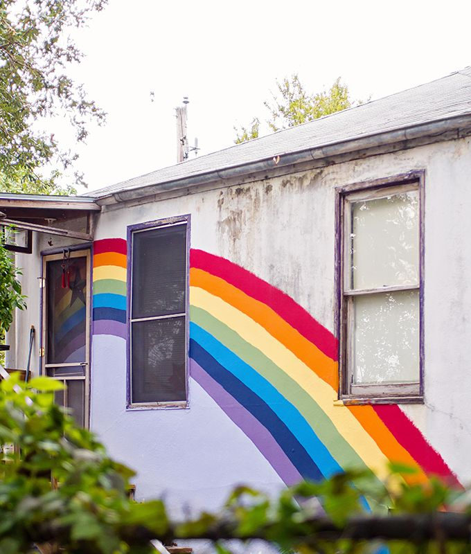 Austin Mural Guide Your Guide To Austin S Most Colorful Walls Carrie Colbert In 2020 Austin Murals Mural Guide Mural