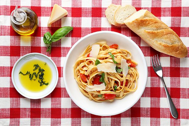 One Pan Pasta with Cherry Tomatoes  and Fresh Baked Bread