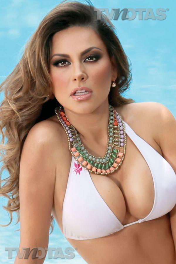 Gabriela Ramirez Nude Photos 75