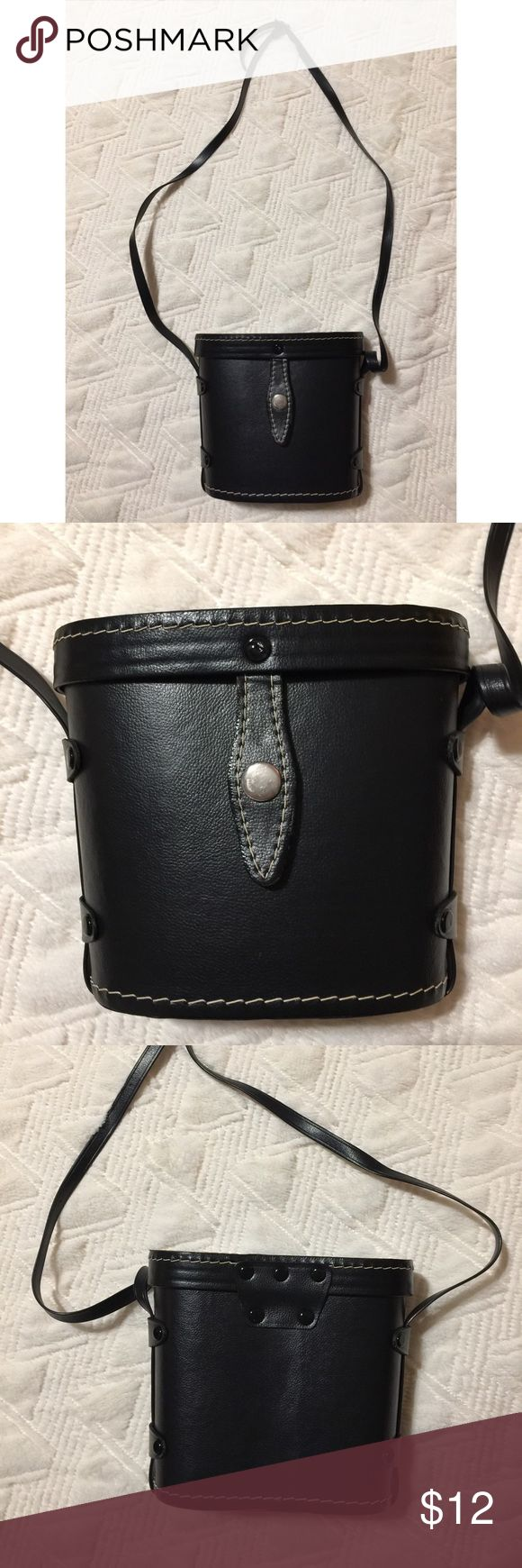 Fritz hauff binocular case vintage / purse This is a vintage fritz hauff case and it's in amazing shape, I think it could make a really cool purse. fritz hauff Bags