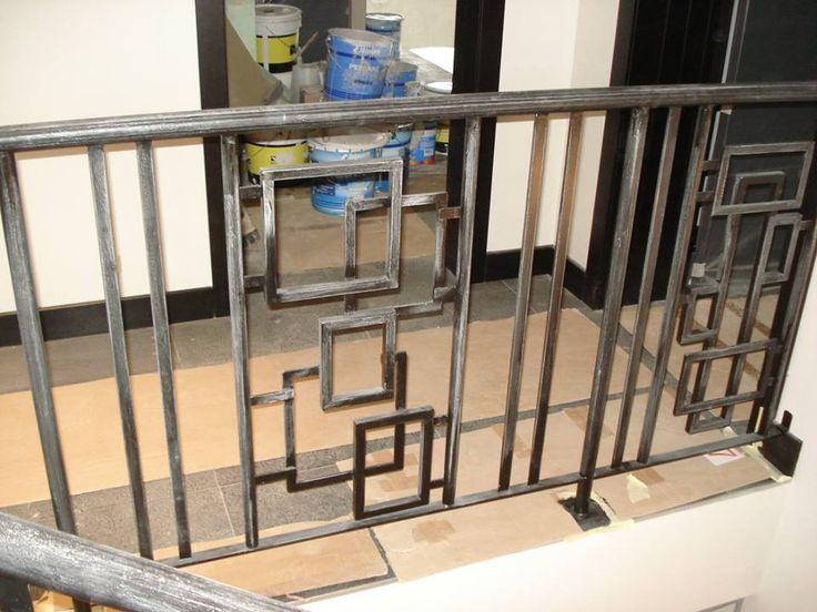 Escaliers / Garde corps, les rambardes - les rampes - les balustrades - les balconnets garde-corps rambarde, balustrade en fer forgé sur mesure Morbihan 56