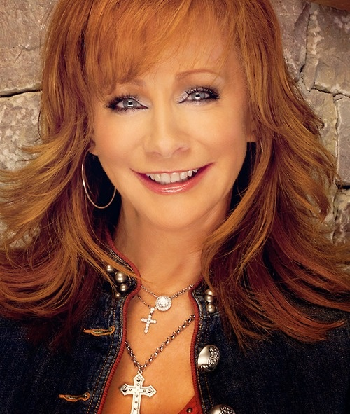 Reba McEntire! My idol :) she's so pretty!