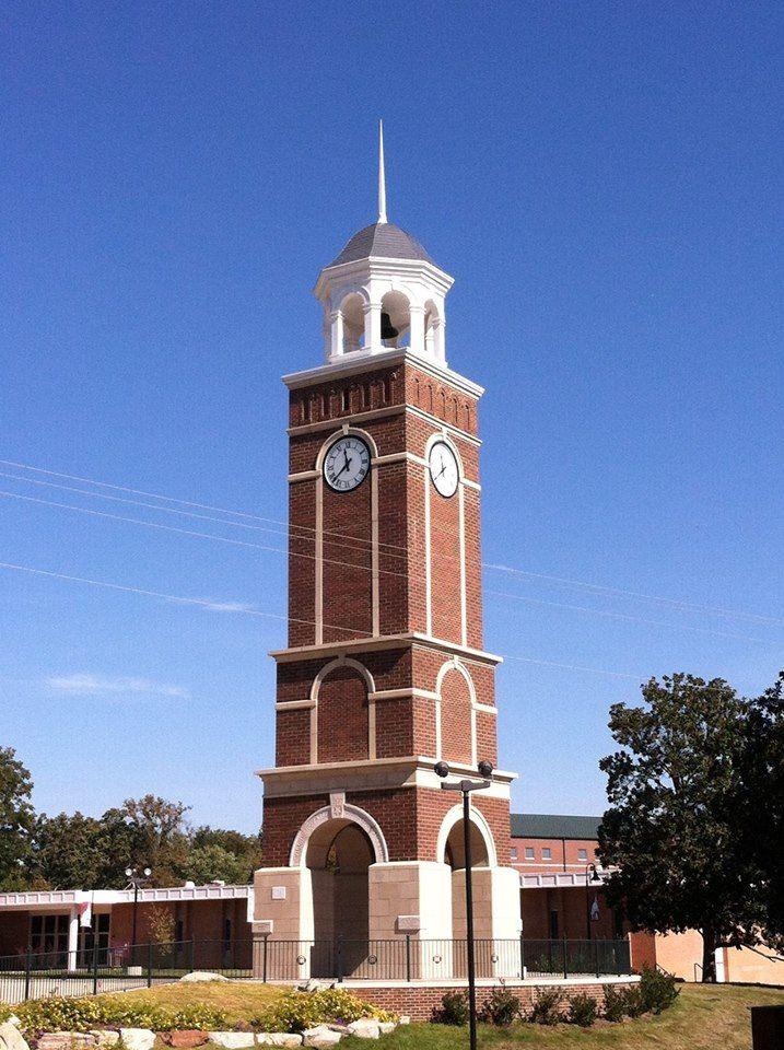 Clock Tower Freed Hardeman University Tick Tock Says The