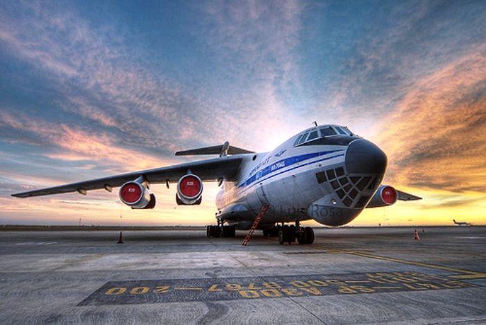 Resultado de imagen para Ilyushin Il-76