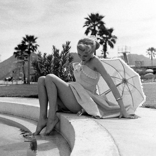 32 best joi lansing images on pinterest pinup vintage glamour and vintage girls for Beverly hillbillies swimming pool