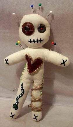 How to make a voodoo doll. Voodoo dolls to hang from the balcony