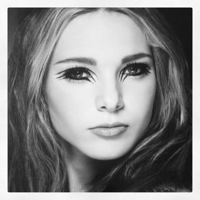 Make up by Katie Elliott