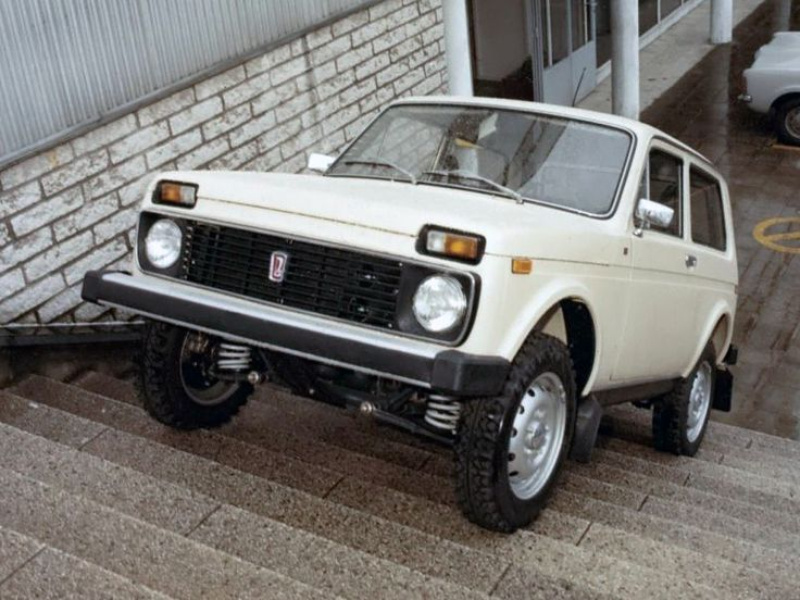 1000 images about lada niva on pinterest 4x4 russia and roads. Black Bedroom Furniture Sets. Home Design Ideas