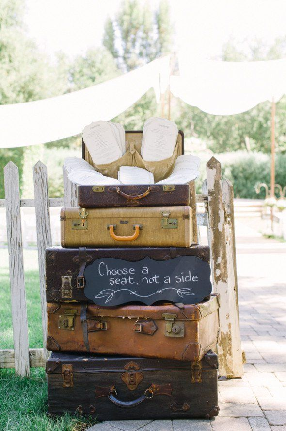 Vintage Suitcase Wedding Ideas