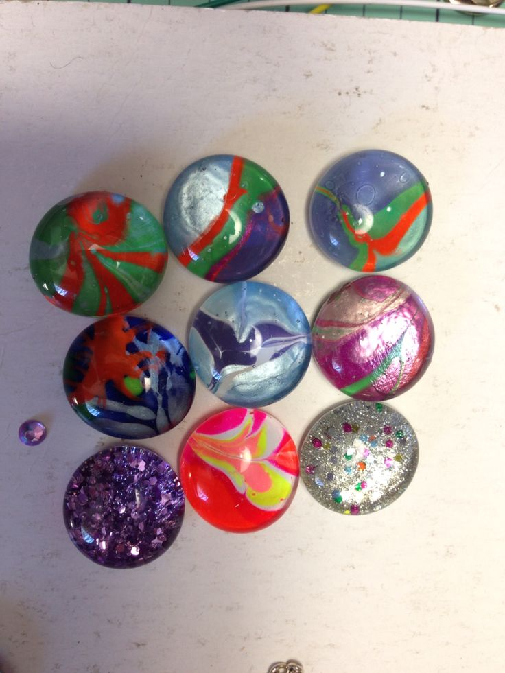 Cabochons decorated with nail polish marbling, hand painted and glitter