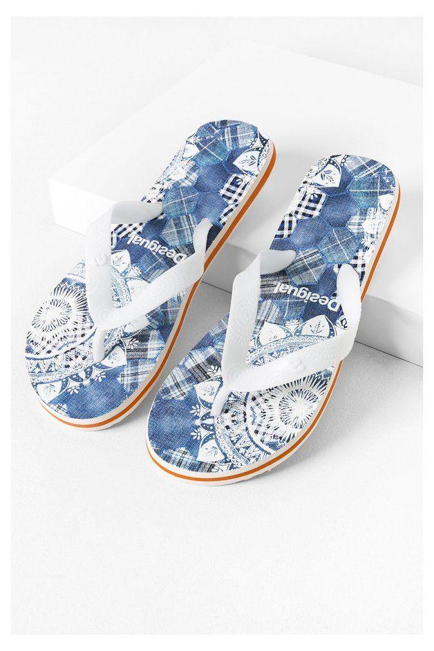 Infradito blu Desigual. Scopri la collezione primavera/estate 2016!