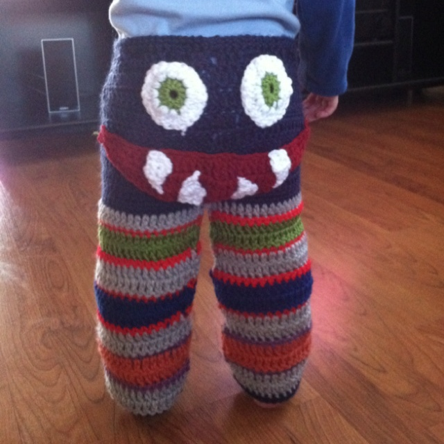Free Crochet Pattern For Monster Slippers : Monster pants! Crochet Pinterest Monsters, Pants and ...
