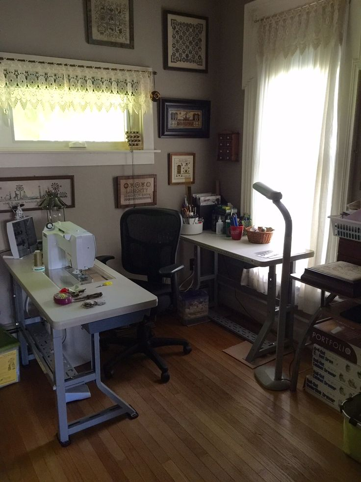 Sew Perfect Original Table with Bernina 550 also Sew Perfect Embroidery Table.