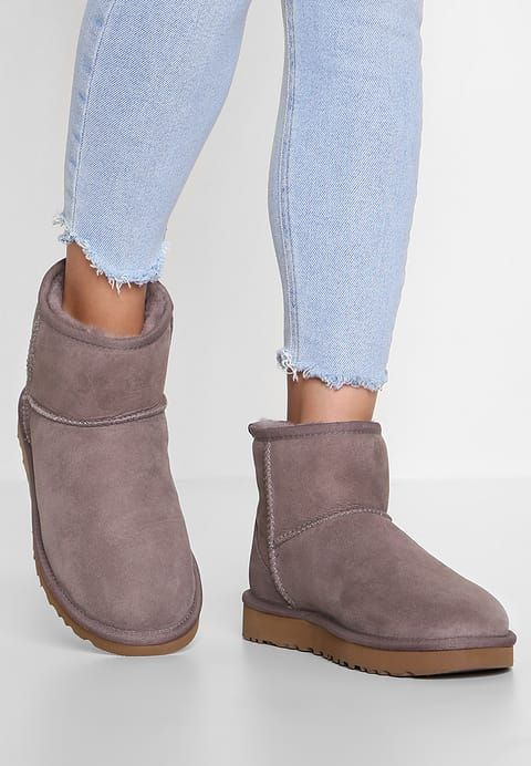 ugg classic mini ii stormy grey zalando no my style in 2019 rh pinterest com