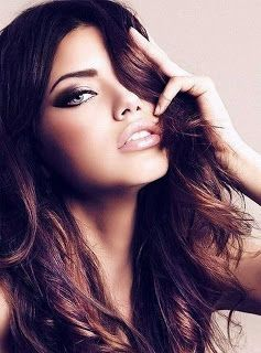 adriana lima Sooo gorgeous... Wouldn't mind stealing some of her makeup looks