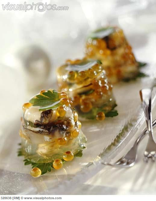 oysters_and_salmon_caviar_in_aspic_328638.jpg 518×670 pixels