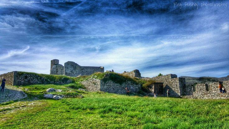 #castle #nature #wanderlust ©Megi Pushaj